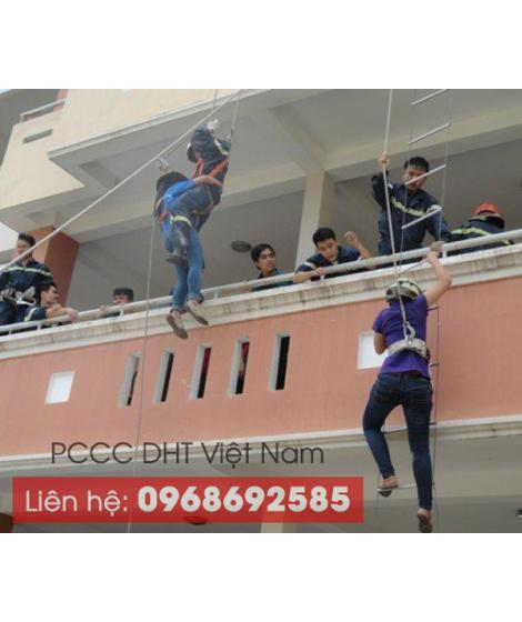 Thang dây chữa cháy tại Bắc Giang