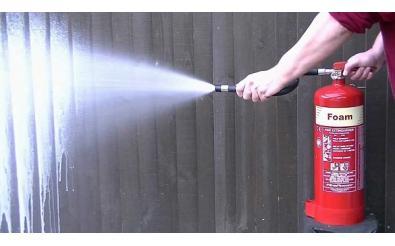 Bọt foam chữa cháy là gì? Bán ở đâu và giá bao nhiêu?