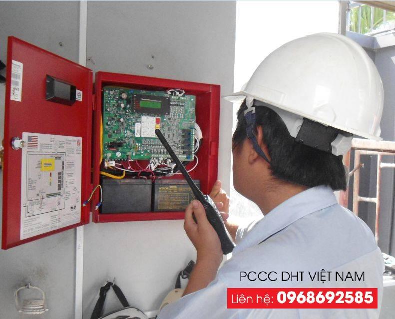 Kiểm tra sự hoạt động của tủ điều khiển