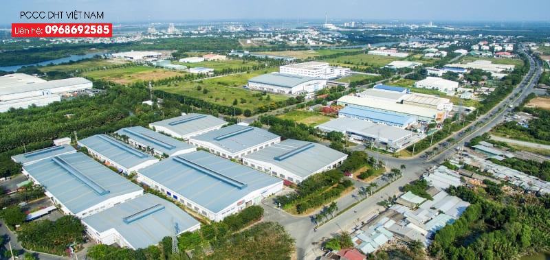 Ngọc Lập là thị trấn gồm nhiều khu công nghiệp lớn nhỏ