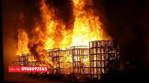 Cháy lớn tại các khu công nghiệp gây thiệt hại về người và tài sản